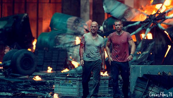 0049 ♪ Die Hard : Belle journée pour mourir