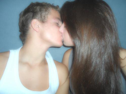L'amour est comme le rire. C'est un réflexe contre lequel on ne peut rien.