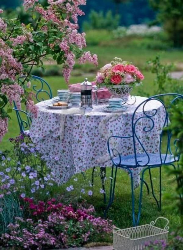 Ces jolis matins d'été dans mon jardin.