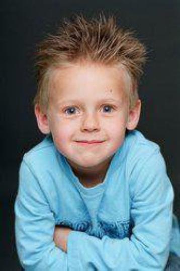 Jamie lucas Scott ===> Jackson Brundage
