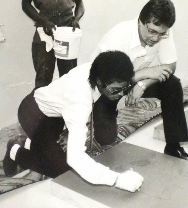 En Juin 1984, '' The Broken Heart Stone ''