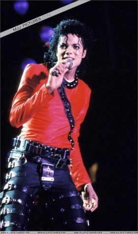 Bad World Tour ( 1987-1989 )