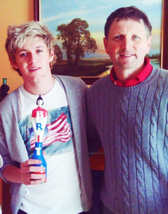 ● One Direction ; Niall H, Son Père  ● ღ