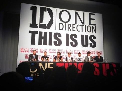 ● One Direction ; This is us conférence  ● ღ