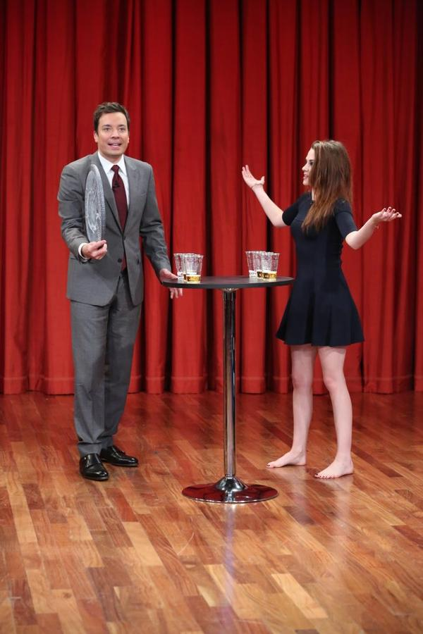 "Kristen Stewart  au Late night With   "" Jimmy Fallon"" le 8 Novembre"