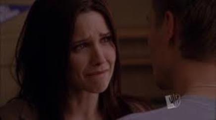 Un pleur puis un sourire et un autre pleur...