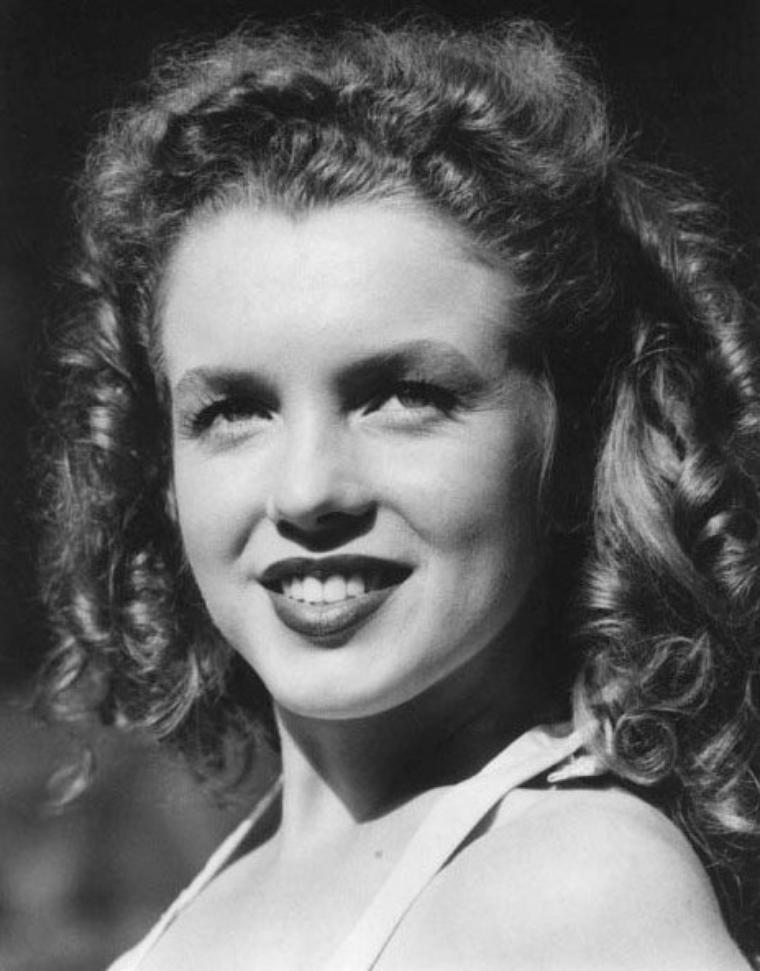 Norma Jeane by David CONOVER.