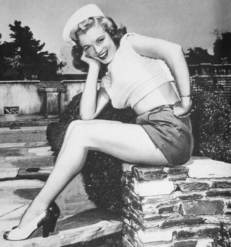 Marilyn visite les studios de la FOX photographiée par Ed BAIRD.