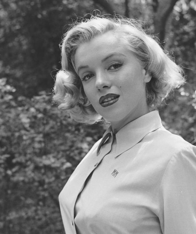 Août 1950, Marilyn photographiée par Ed CLARK (part 5).