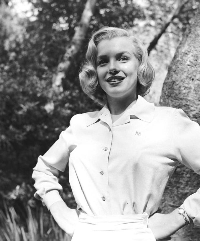 Août 1950, Marilyn photographiée par Ed CLARK (part 7).