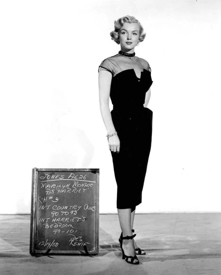 """1951, tests costumes pour le film """"As young as you feel""""."""
