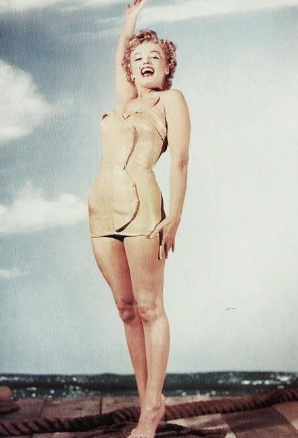 BONUS photos par Gene KORNMAN et Earl THEISEN.