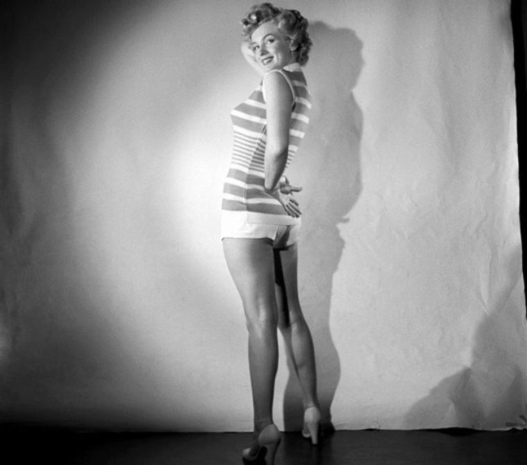 1952, Marilyn by Larry BARBIER et Earl THEISEN (photo inédite, 1er cliché)..