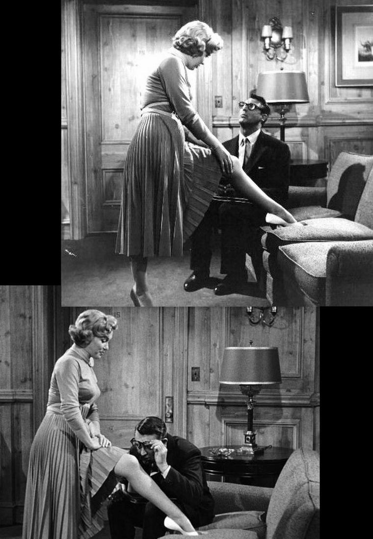 """1952, """"Monkey business"""" (Chérie, je me sens rajeunir) de Howard HAWKS / SYNOPSIS / Barnaby FULTON est un chimiste très préoccupé par une formule qu'il ne trouve pas: cela a des incidences sur ses soirées avec sa femme Edwina. Au laboratoire, un des chimpanzés, ayant un âge correspondant à 84 de nos années, se comporte comme un tout jeune animal. Il s'agit en effet d'une expérience sur l'âge en général et le rajeunissement en particulier. L'espoir est grand quant à cette prochaine découverte, surtout pour le directeur Oxley, 70 ans, manifestement impressionné lorsque le chimpanzé en question, un mâle, s'approche très excité de la cage où se trouve une femelle. Comme l'espoir est grand de retrouver les forces de la jeunesse, Oxley se propose même comme premier cobaye humain..."""