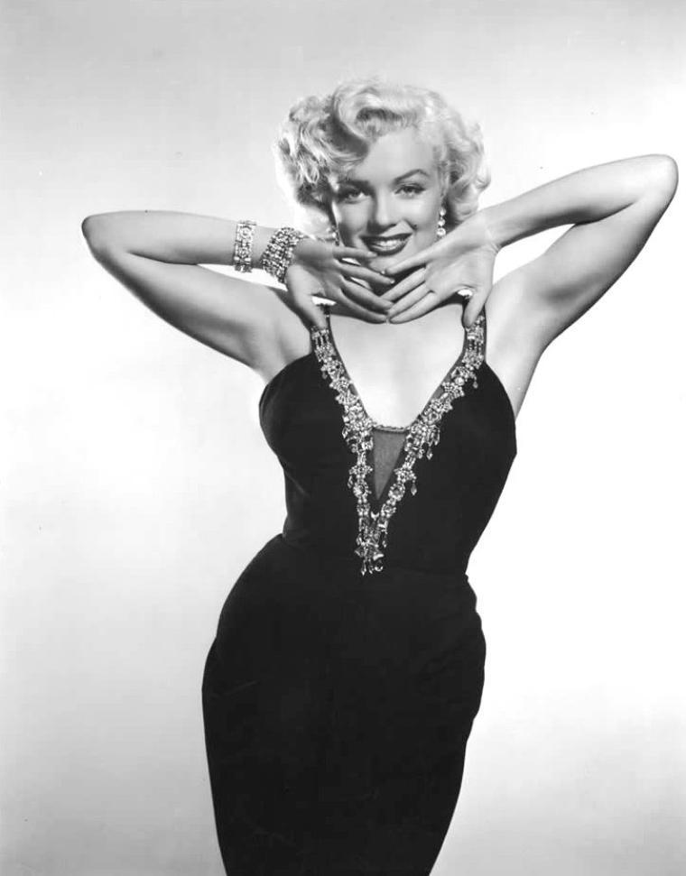1952, une autre série de photos très connues de Marilyn (pour d'autres un peu moins) par Frank POWOLNY