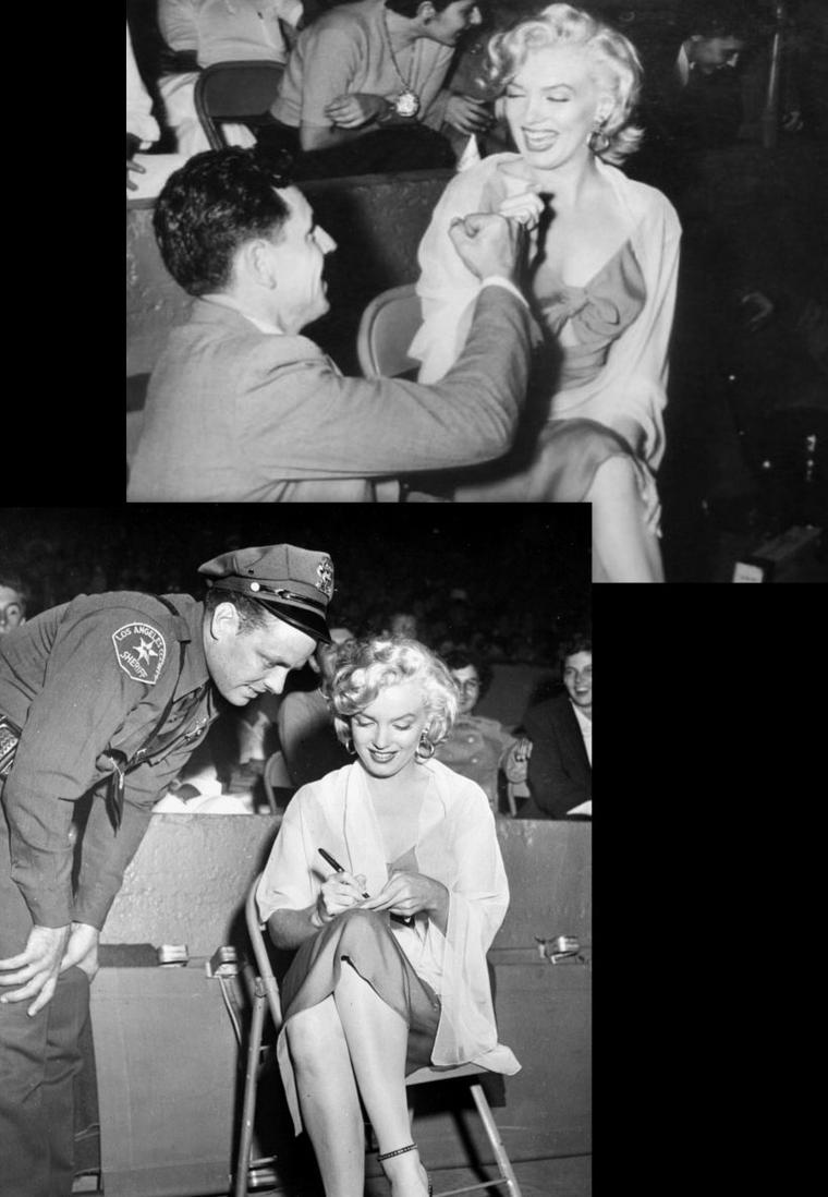 """1952, Marilyn assiste à un match de baseball, où Joe DiMAGGIO (son futur mari joue), opposant les équipes des """"Hollywood-Stars"""" contre les """"All-Stars""""... Les bénéfices iront pour un hôpital d'enfants. Marilyn s'apprêtant à tourner """"Niagara"""", porte une des robes du film."""