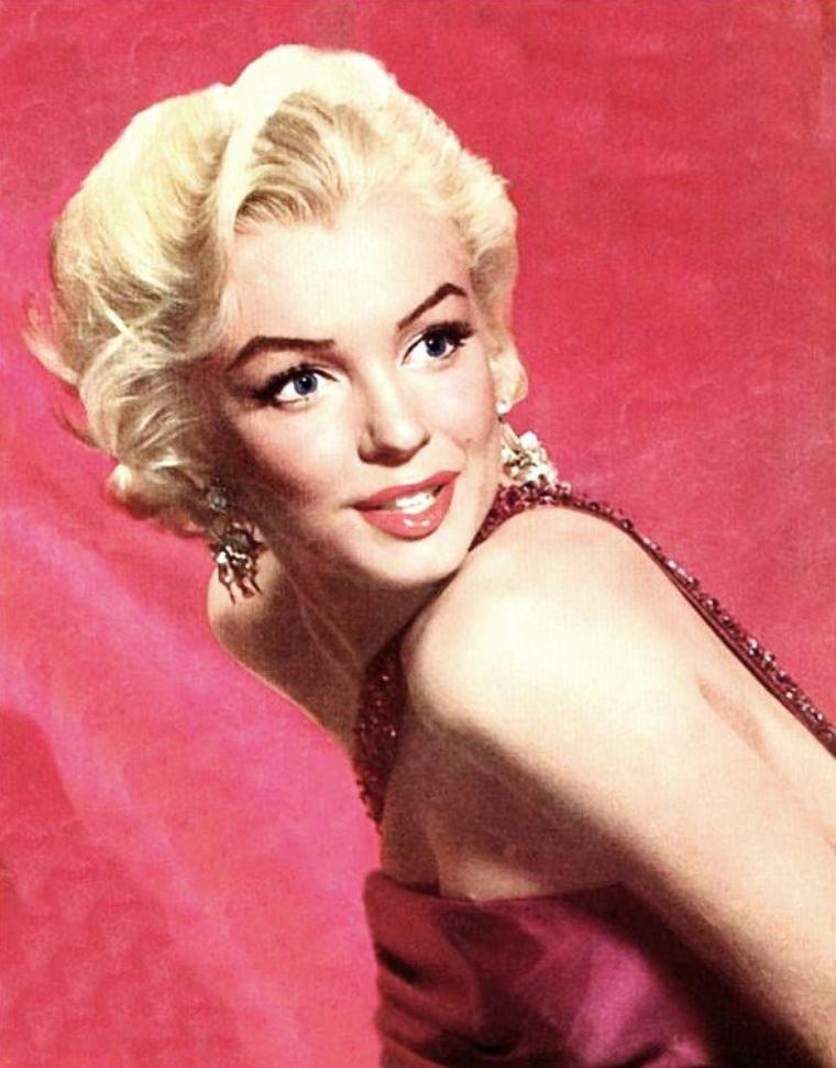 """1953 / Photos publicitaires de Marilyn signées John FLOREA et Sam SHAW (pour les 3 derniers portraits),  pour le film """"How to marry a millionaire"""" de Jean NEGULESCO (part 4)."""