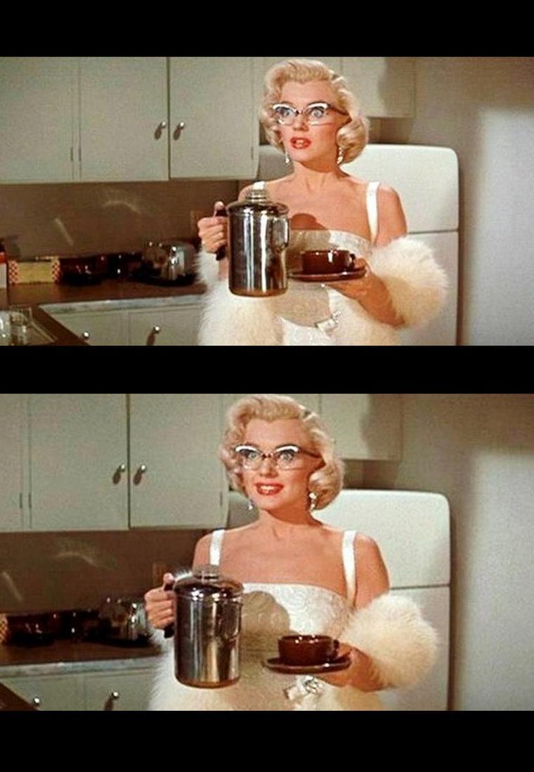 """1953 """"How to marry a millionaire"""" (Comment épouser un millionnaire) de Jean NEGULESCO / Marilyn apparaît dans une petite scène vêtue de cette superbe robe blanche."""