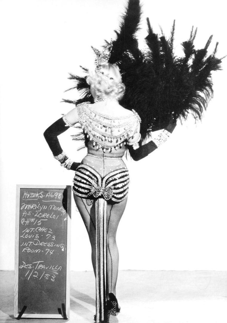 """1953, ESSAIS costumes et coiffures pour le film """"Gentlemen prefer blondes"""" de Howard HAWKS (part 2)."""