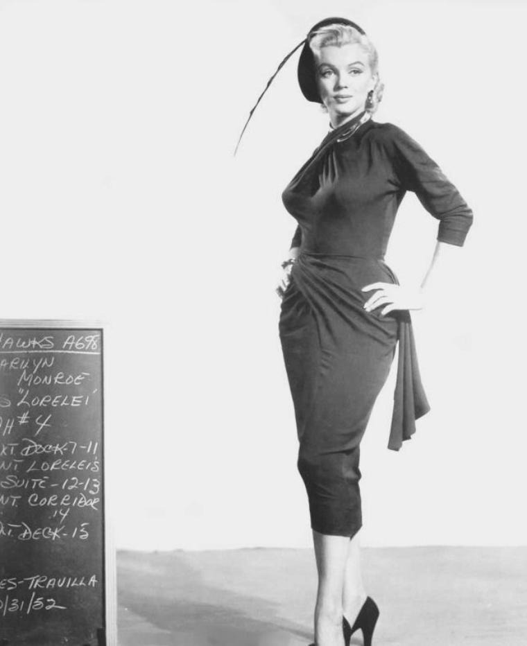 """1953, ESSAIS costumes et coiffures pour le film """"Gentlemen prefer blondes"""" de Howard HAWKS (part 3)."""