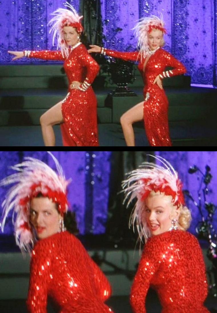 """1953 """"Gentlemen prefer blondes"""" (Les hommes préfèrent les blondes) de Howard HAWKS / ANECDOTES / """"Gentlemen Prefer Blondes"""" est la seule comédie musicale d'Howard HAWKS /  Il y aborde deux sujets plutôt tabous pour l'époque : le sexe et l'argent / Jane RUSSELL fut payée 150 000 dollars, alors que Marilyn seulement 15 000 / Jane RUSSELL étant nettement plus grande que Marilyn, les talons des chaussures de Jane furent réduits, alors que ceux de Marilyn furent agrandis au maximum. Néanmoins la différence de taille se remarque quand même / Un des danseurs qui accompagne Marilyn dans le numéro """" Diamonds are a Girl's Best Friends"""" est Georges CHAKIRIS (en haut à droite sur l'escalier) / Le réalisateur voulait doubler la voix chantée de Marilyn et avait convoqué la chanteuse Marni NIXON dans ce but. Mais les studios durent admettre, tout comme Marni NIXON, que le résultat était """"affreux"""" et Marilyn chante elle-même toutes ses chansons, mis à part quelques notes aiguës de """"Diamonds are a Girl's Best Friends"""" doublées par NIXON / Marni NIXON aura par la suite l'occasion de prouver son talent en doublant notamment Deborah KERR dans """"Le Roi et Moi"""" (1956) et """"Elle et Lui"""" (1957), Natalie WOOD dans """"West Side Story"""" (1961) et Audrey HEPBURN dans """"My Fair Lady"""" (1964) / Le film """"Les hommes épousent les brunes"""" (Gentlemen Marry Brunettes) de Richard SALE sorti en 1955 et dans lequel joue Jane RUSSELL peut être considéré comme une suite."""