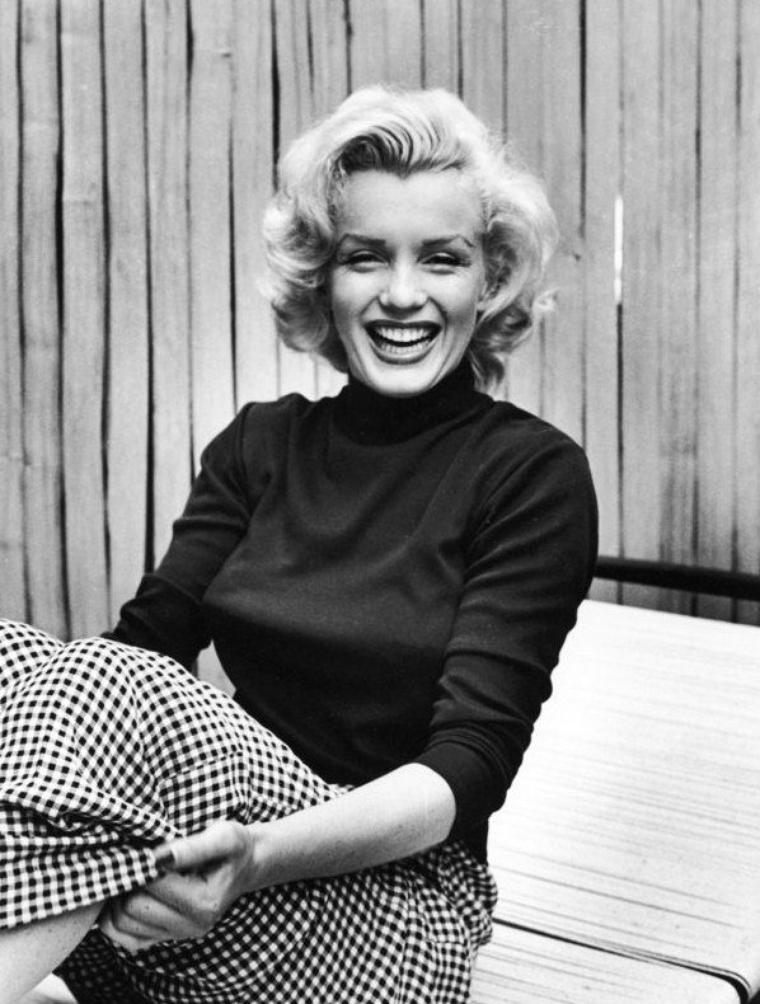 1953 Marilyn by Alfred EISENSTAEDT / DOHENY DRIVE (part 2).