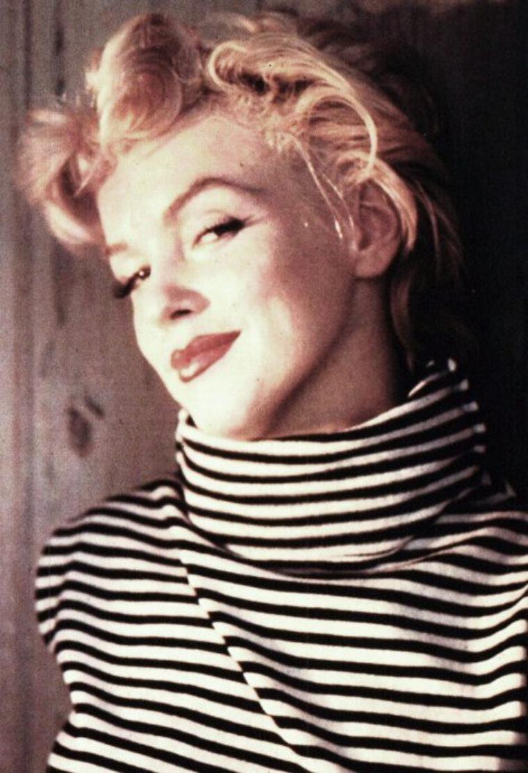 ETE 1954, Marilyn sous l'objectif de Ted BARON (session robe rayée) (part 2).
