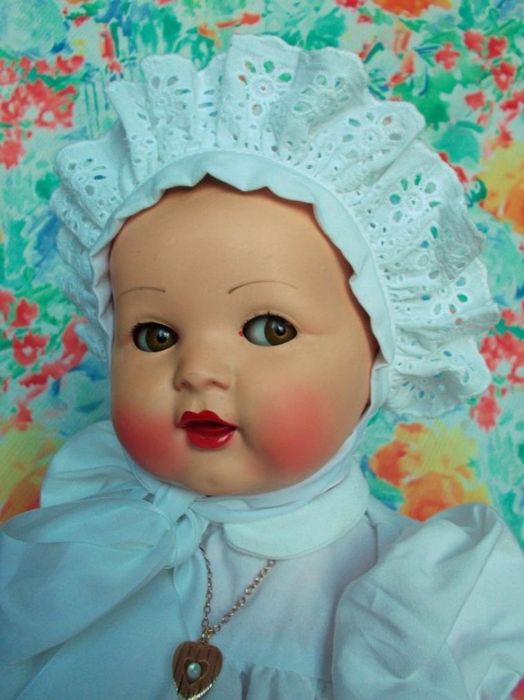"""Un très beau bébé """"Moi je bois"""" de chez RAYNAL, des années 1950. 43 cm (pas à moi)."""