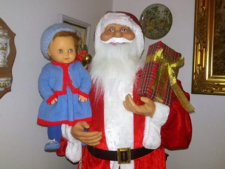 En attendant le Père Noel   jeudi 14 décembre 2017,  C'est la photo avec le papa Noel