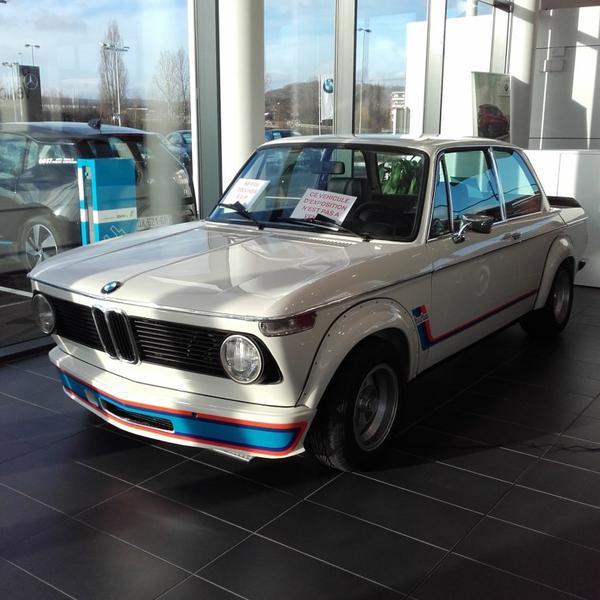 // BMW 2002 TURBO //