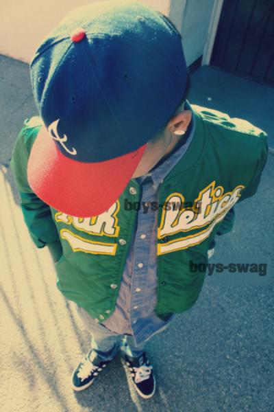aime les habits du garçons ?