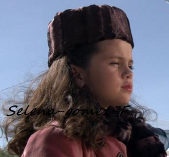 Selena-gomez-F