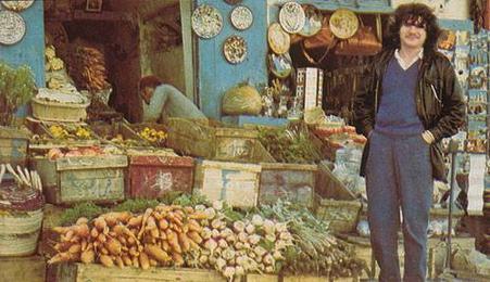 Balavoine qui découvre les villes tunisiennes