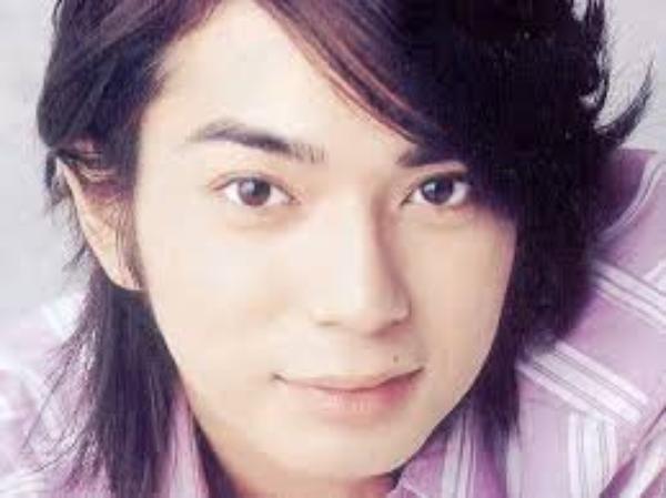 mon amoure/bébé a moi matsumoto jun alors pas touche!!