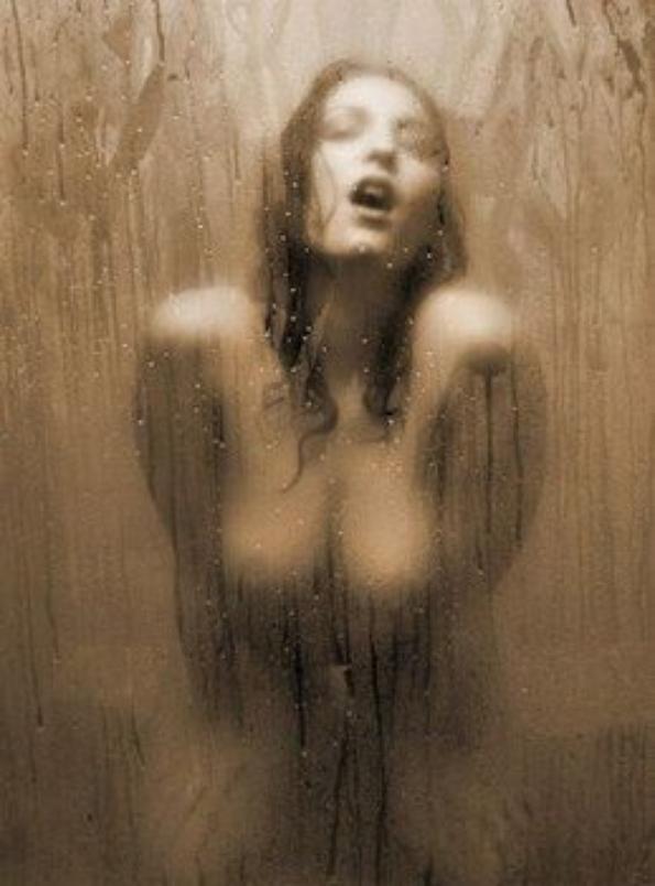 Histoire de douche  hummmm....