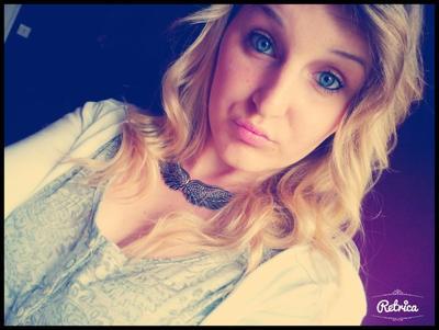 ~ KElLiYx  ♥