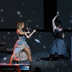 Review : SynthesisLive/Ft Lindsey Stirling - Noblesville 12/07/18 Partie II