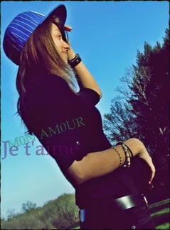 « ◌○ La seule chose que je veux, c'est que tu m'aimes encore et toujours..!  ♥ * »