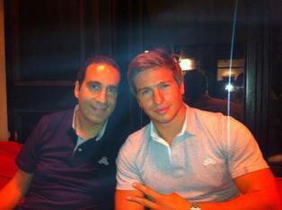 Mickael et John Foster fêtent le succés de son nouveau blog