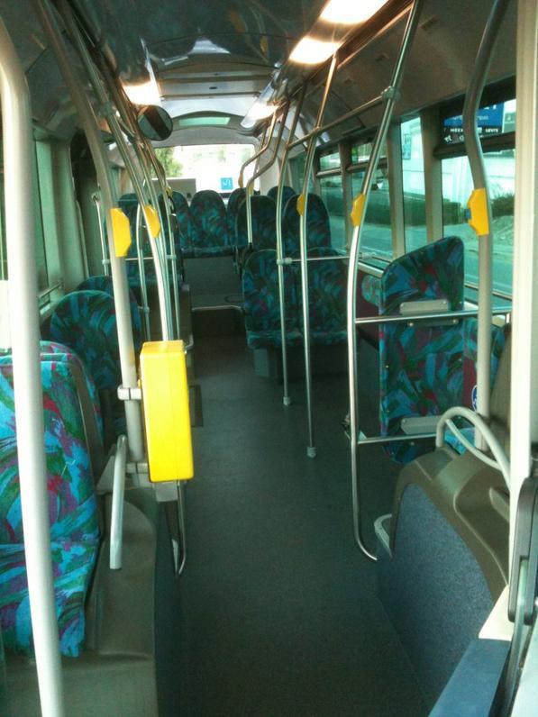 HEULIEZ GX 127 L (moteur diesel+ AD BLUE) type MIDI  numérotés de 86 à 95 : 10 bus identique en circulation actuellement.(sauf le 91 qui a 3 portes).