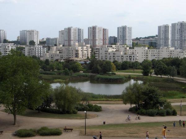 Pablo   Picasso        ,            Le   Parc   .           Nanterre   .     Hauts de Seine           (92)