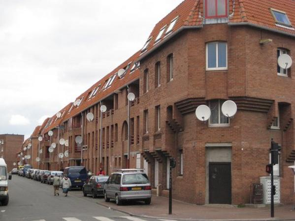 Alma   .   Roubaix     .        Nord           (59)