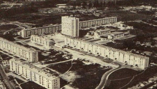 Etouvie            .            Amiens               .        Somme           (80)