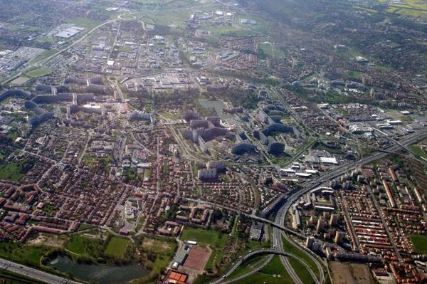 Le      Mirail       .         Toulouse   .       Haute Garonne        (31)