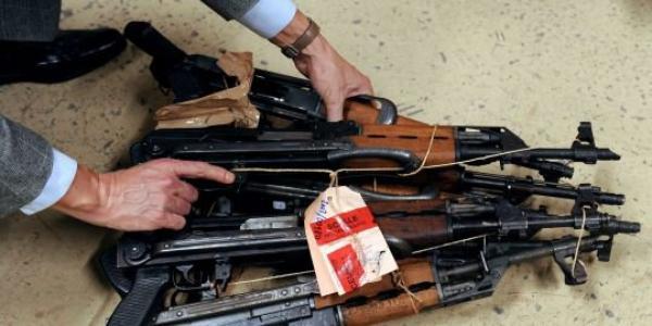 La kalachnikov, une arme en vogue chez les voyous français