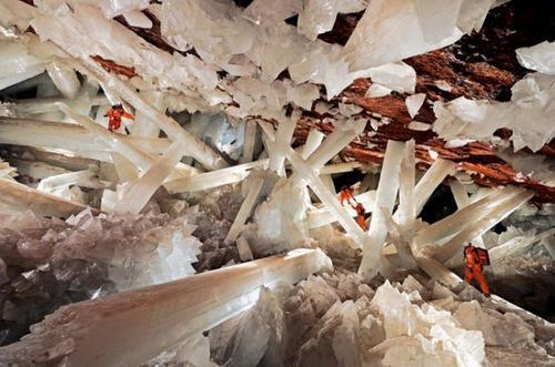 Les plus surprenantes grottes au Monde