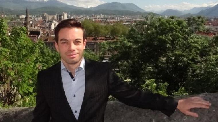Elections municipales de Grenoble: Un candidat à la candidature dénonce des dysfonctionnements dans les Primaires à l'UMP - alpes.france3.fr