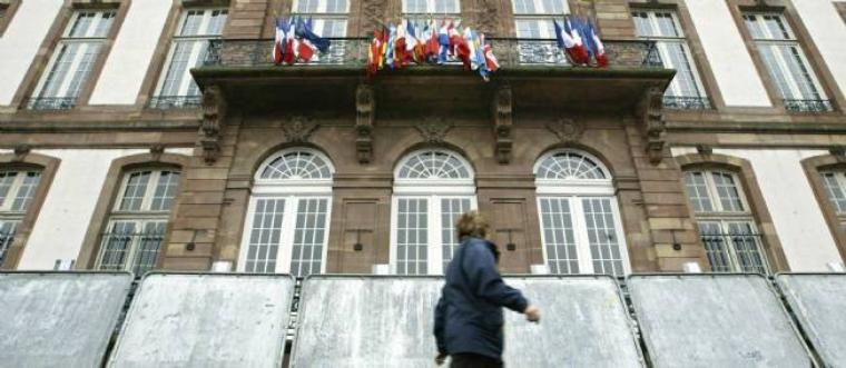 Municipales à Strasbourg : le candidat FN se retire après des propositions controversées - lepoint.fr