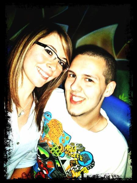 * Parce que c'est beau l'amour quand on a trouvé une personne avec qui le partager.. (l)