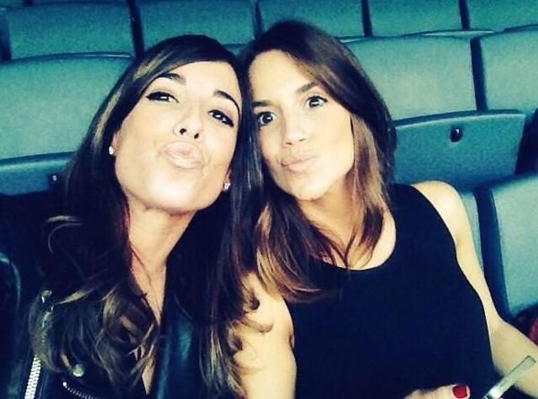 Erika Choperana et une amie au match de l'Atletico Madrid